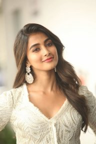 Chara Khanna