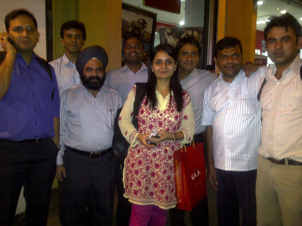 Daljeet Kohli, Bhagwan Singh & their ace team at IndiaNivesh